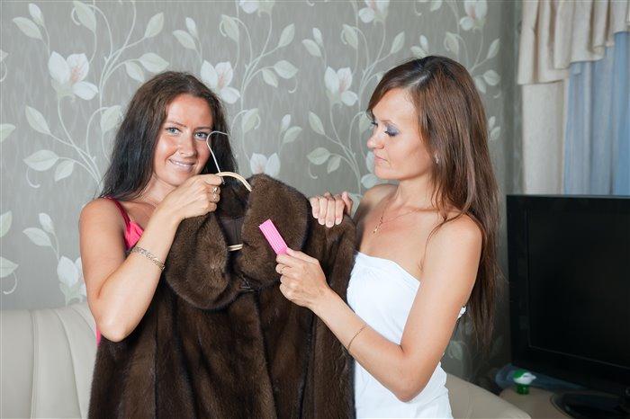 Как самостоятельно почистить норковую шубу в домашних условиях
