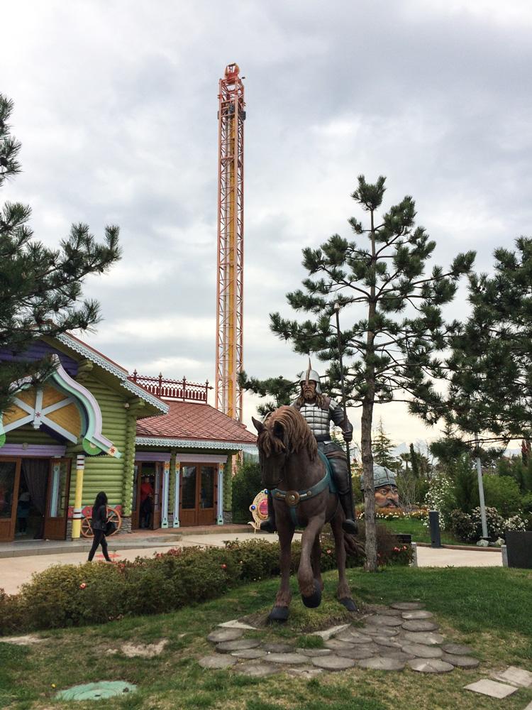 Край богатырей и65-метровая башня свободного падения Жар-птица