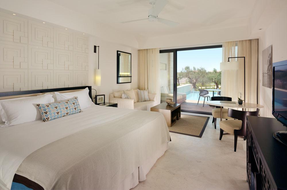 The Romanos, aLuxury Collection Resort