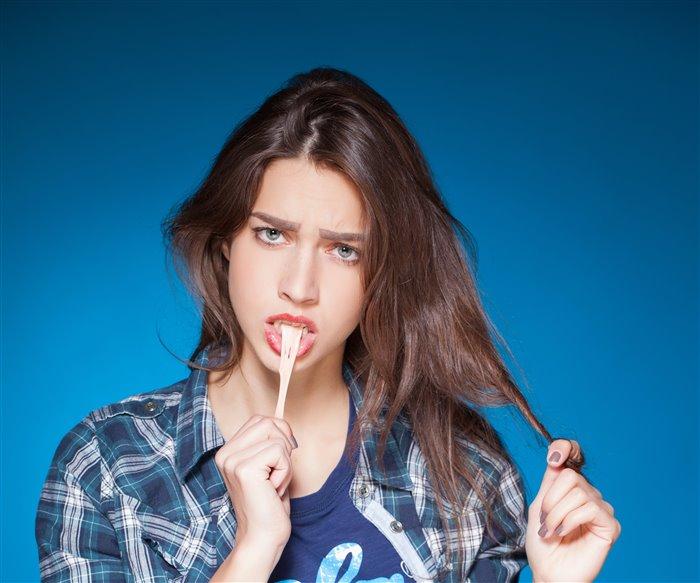 Как отстирать жвачку от одежды Советы опытной хозяйки