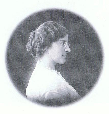 Александра Бруштейн, биография