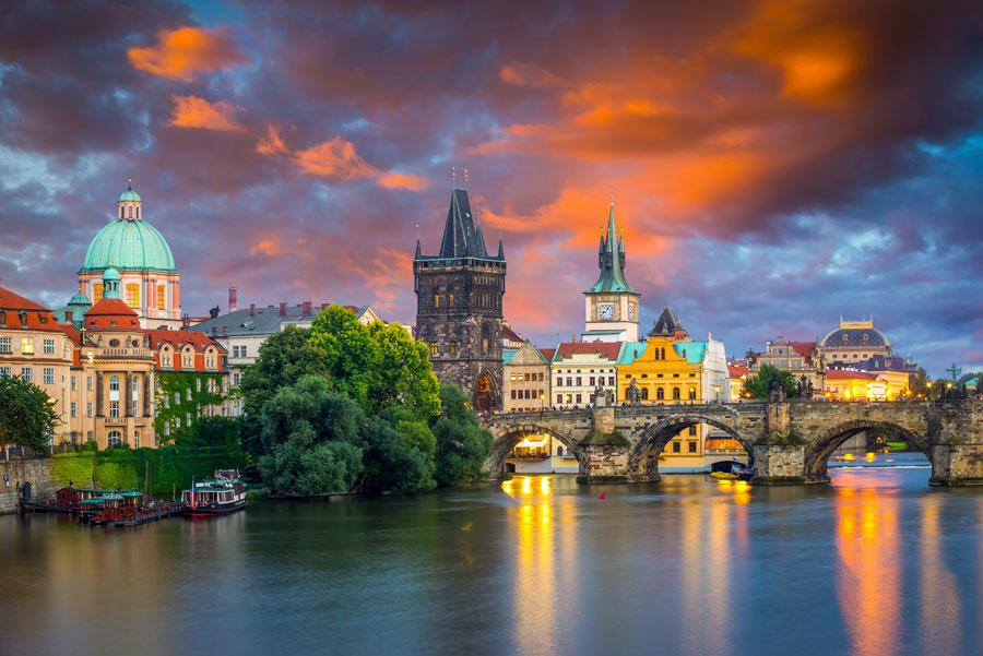 Прага сдетьми