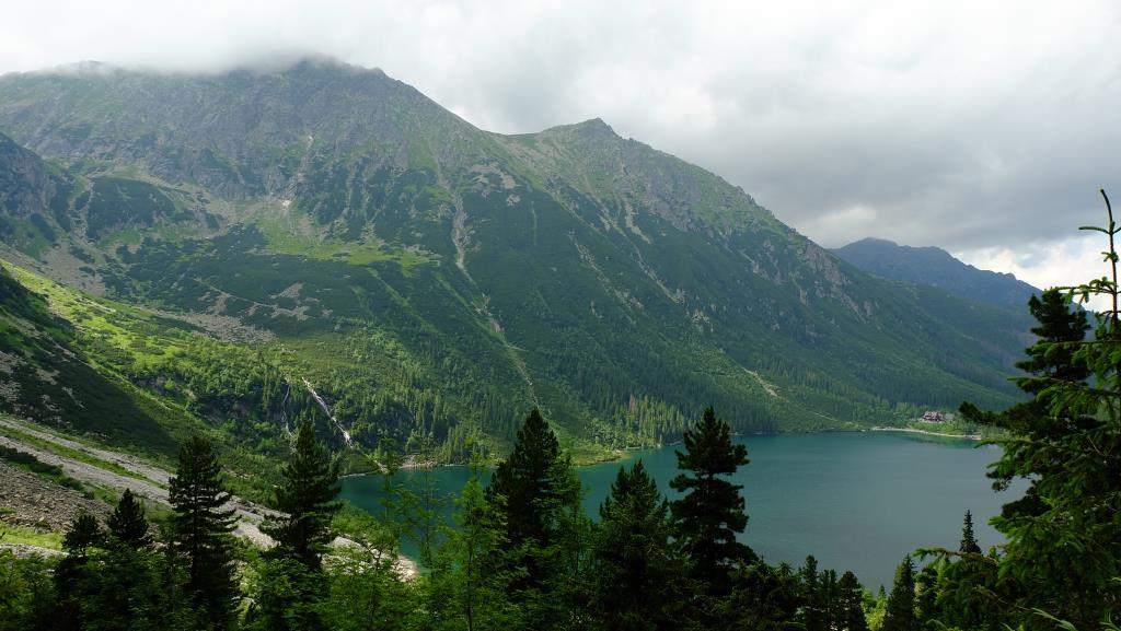 Вид наМорское Око подороге кЧерному Ставу