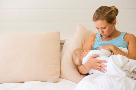Что подготовить к рождению. Место пустышки и бутылочки в хозяйстве мамы грудничка