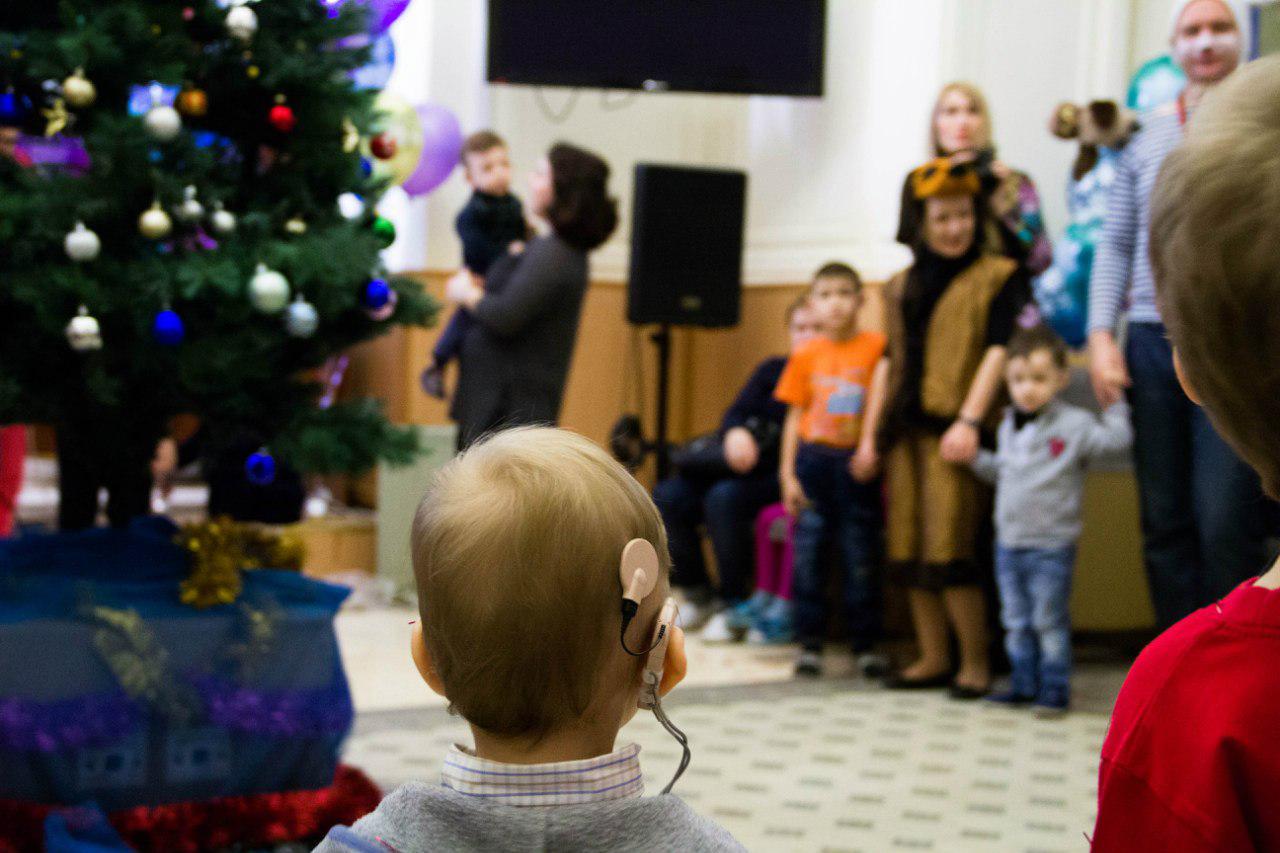 Новогодняя елка вЛОР НИИ