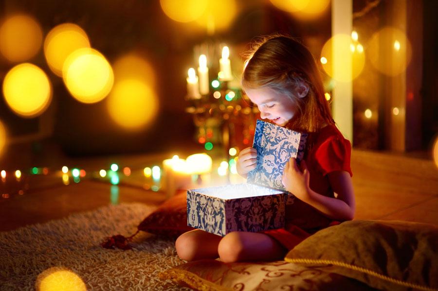 Новый год: подарки бесплатно ипольза отДеда Мороза
