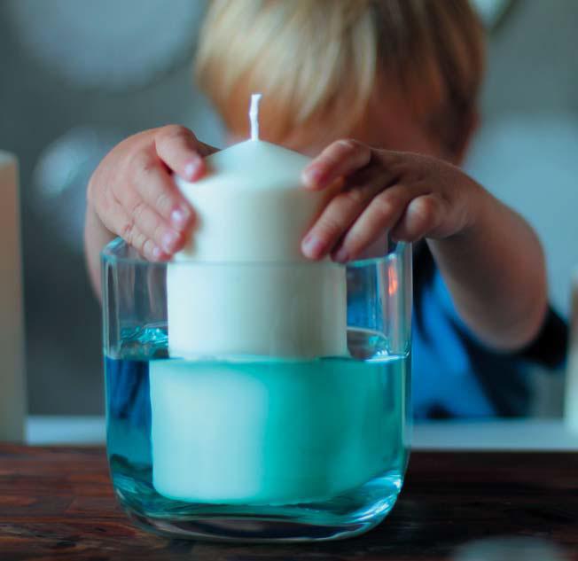 Почему свечи нетонут? Опыты игадание насвече