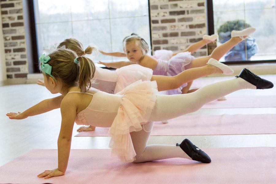 Занятия балетом в детском саду