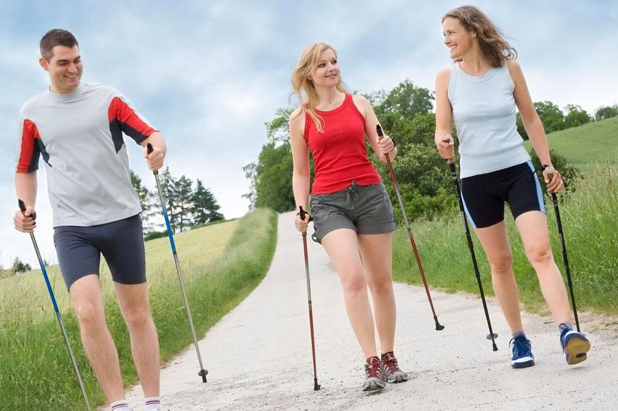 Скандинавская ходьба ипольза для здоровья