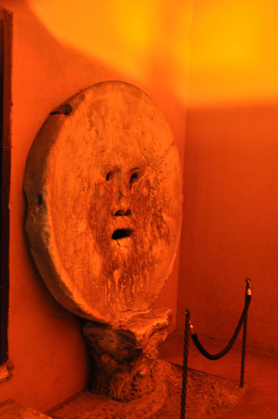 Уста истины— церковь Санта Мария инКосмедин ипрогулка поТибру