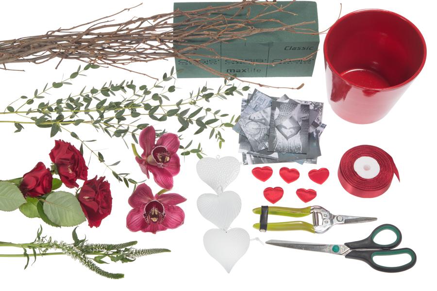 Как поздравить с День святого Валентина