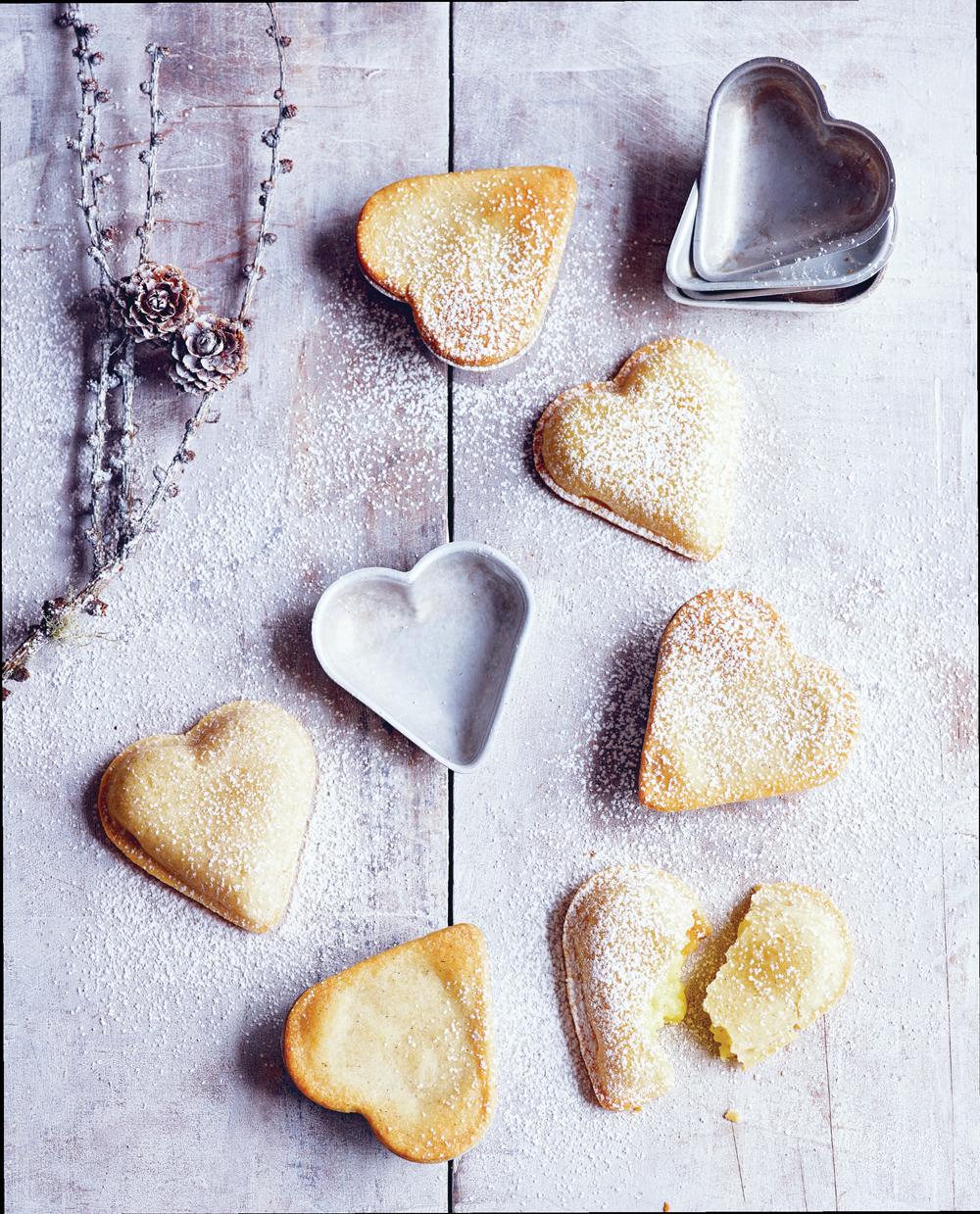 Пирожные сердечки сзаварным кремом, рецепт