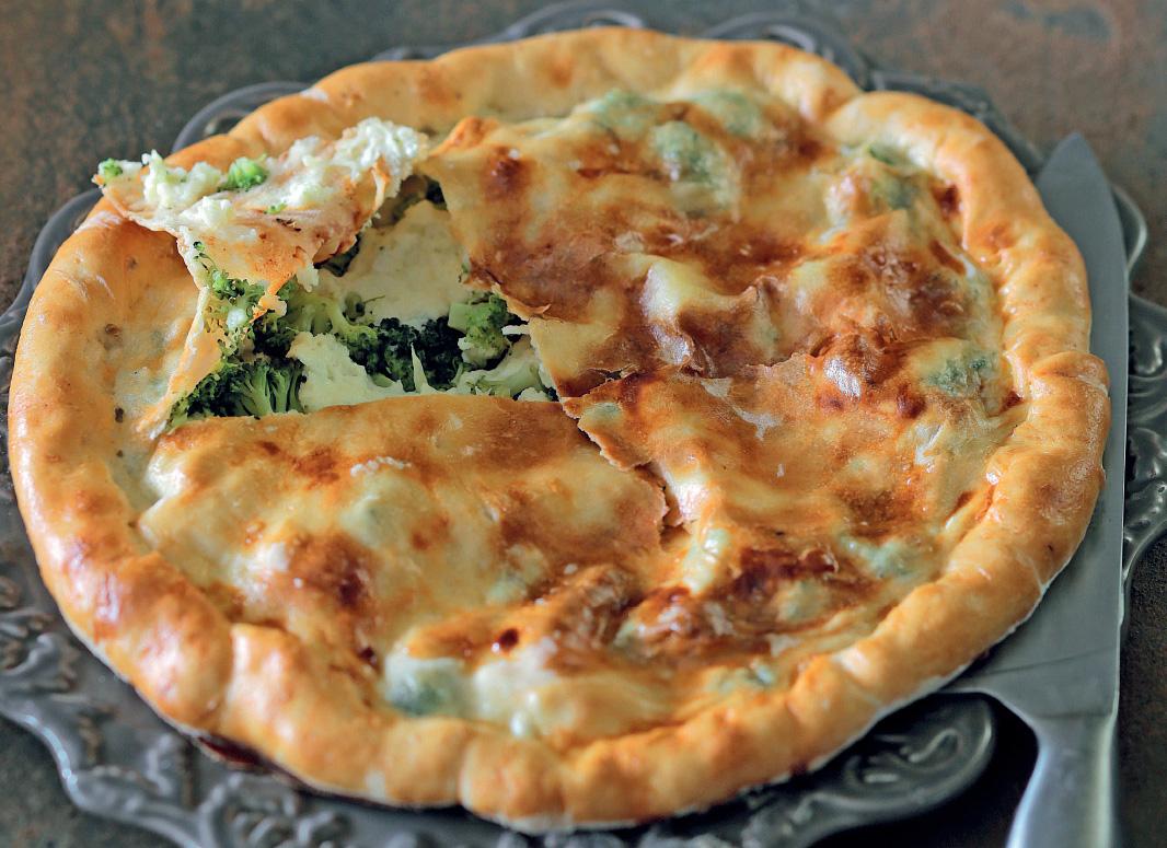 Сфиничини— сицилийский пирог срикоттой иброкколи