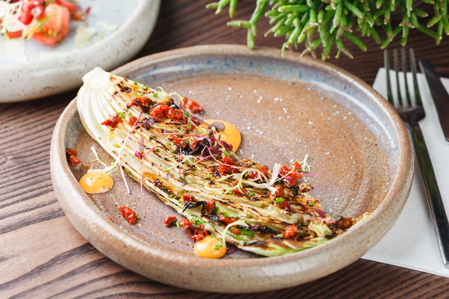 Стейк изкитайской капусты