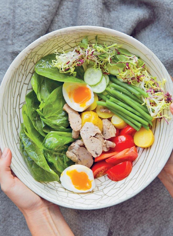 Салат спеченью трески