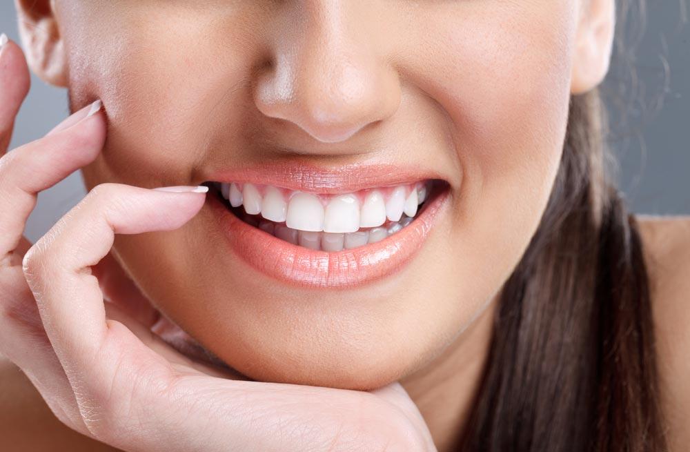 Опасности отбеливающей зубной пасты