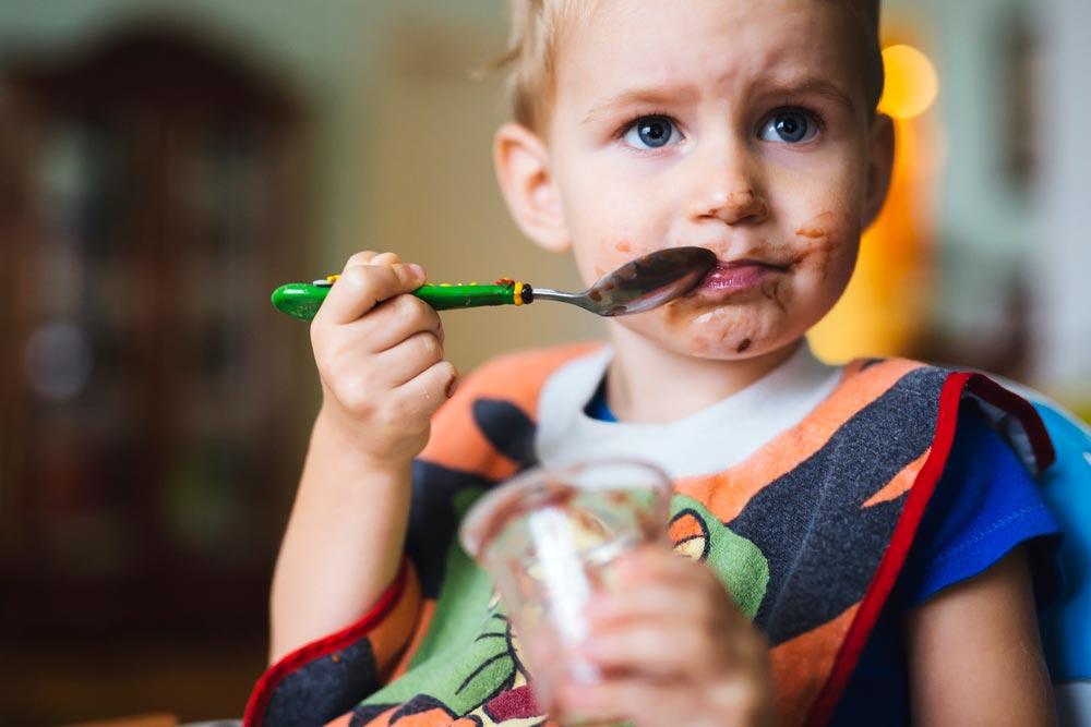 Как накормить ребенка здоровой едой