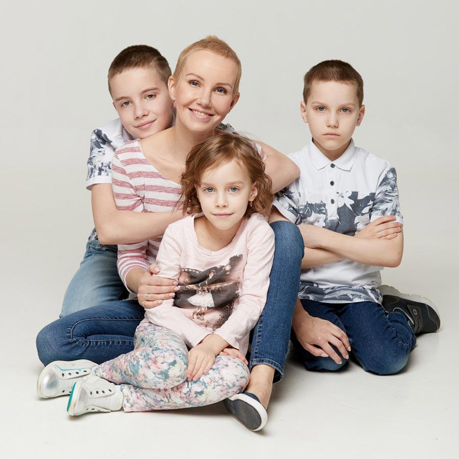 Татьяна Белькова с детьми