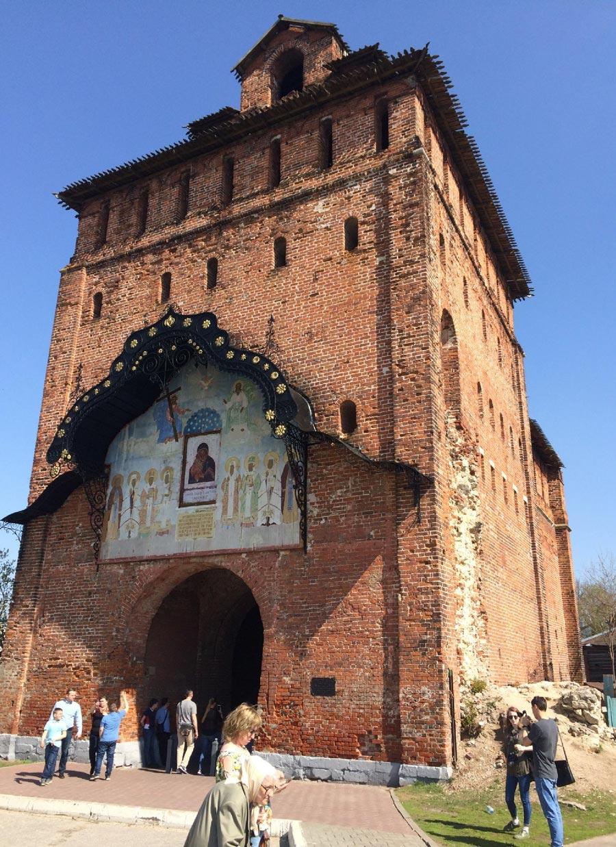Достопримечательности Коломны: Пятницкие ворота