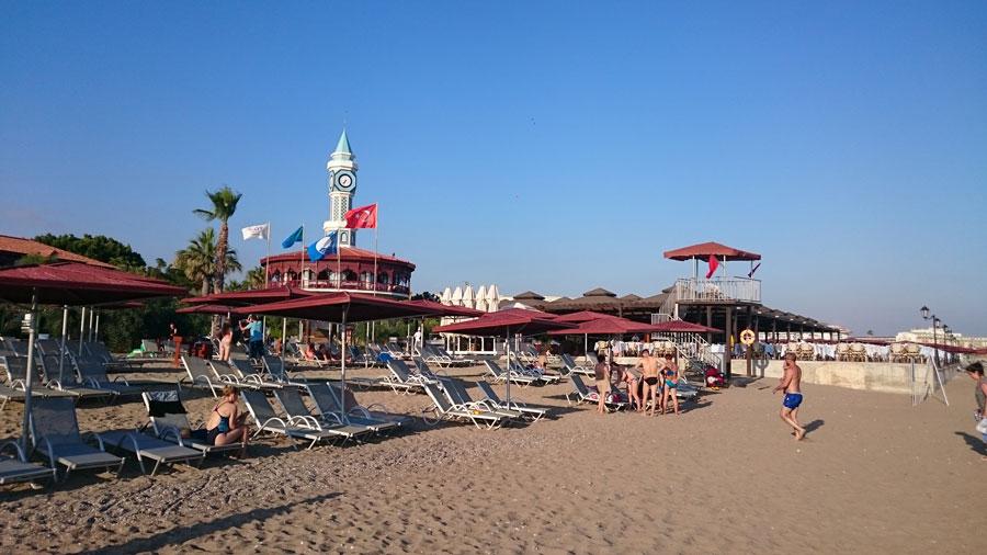 Пляж ибассейны