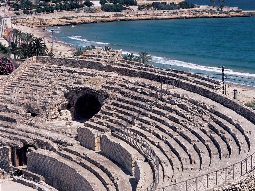 Увидеть римские развалины Таррагоны