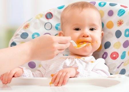 Искусcтвенные смеси в питании грудных детей