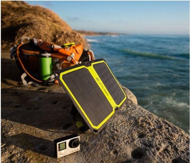 Зарядное устройство насолнечных батареях