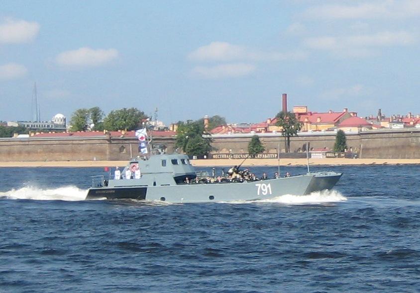 Быстроходные десантные катера