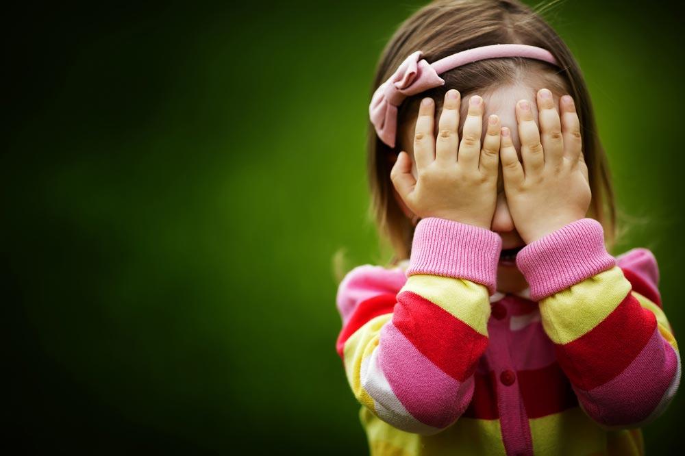 Почему ребенку саутизмом трудно общаться