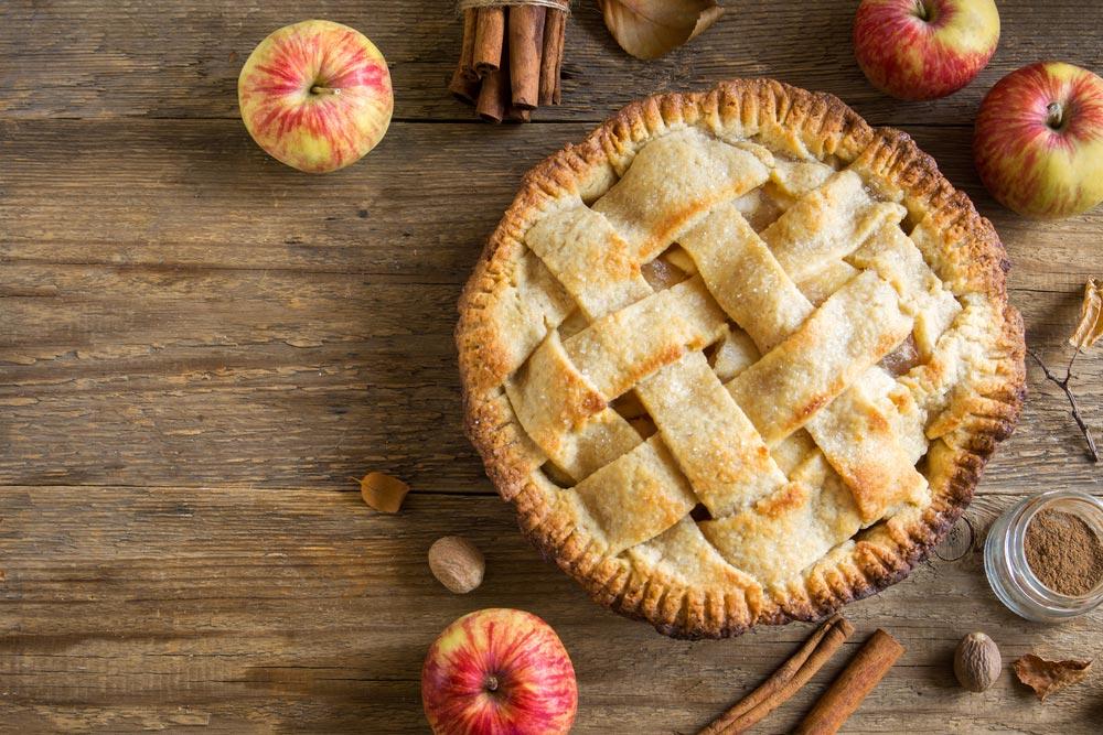 Американский яблочный пирог скорицей
