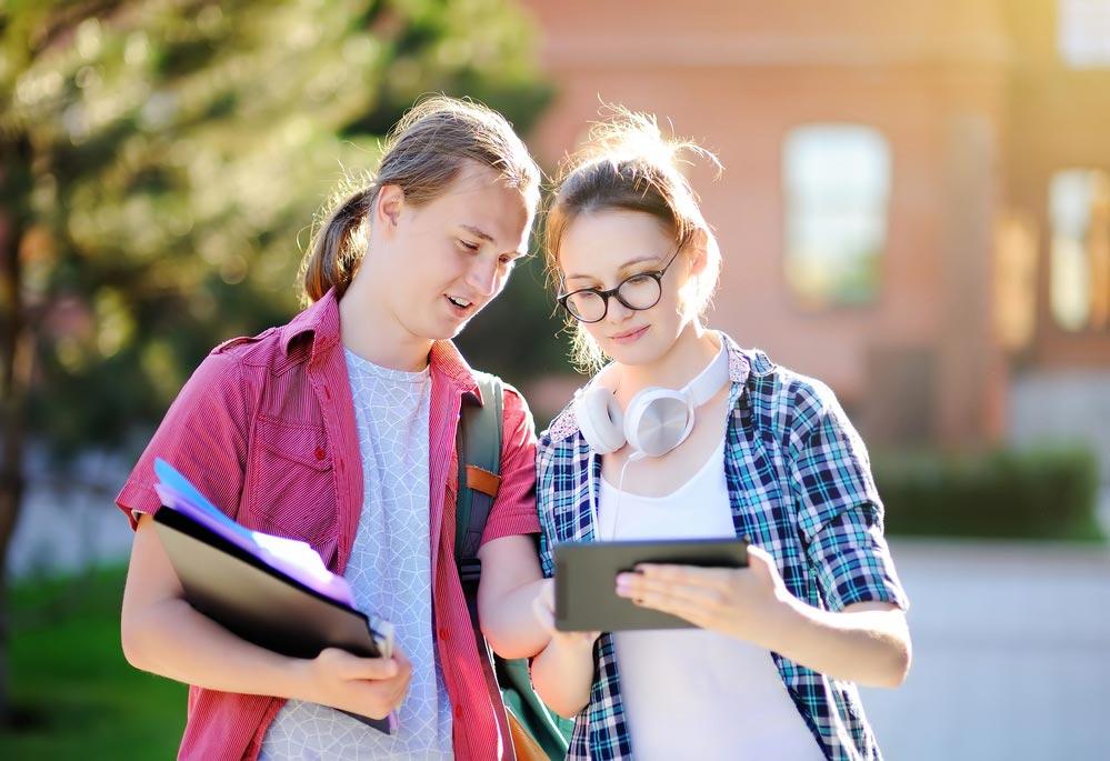 Ребенок идет в10-й класс: какие предметы ОГЭ сдавать?