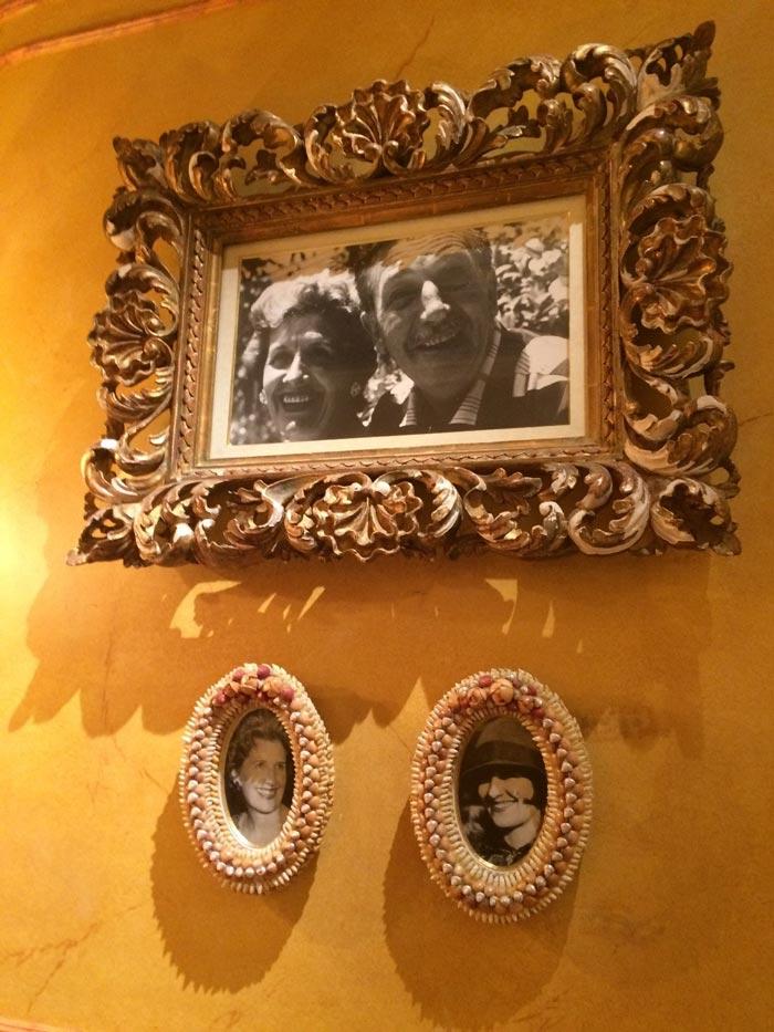Уголок памяти Уолта Диснея и его жены