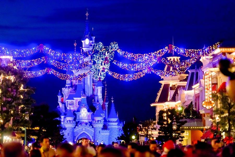 Парижский Замок спящей красавицы в Диснейленде