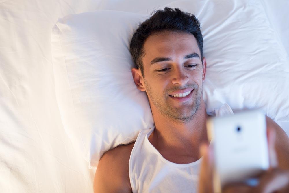 Как перестать смотреть на экраны перед сном