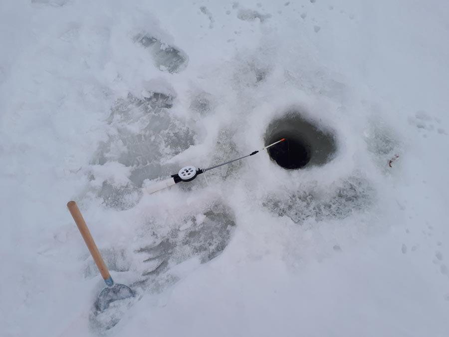 Зимняя рыбалка в Завидово