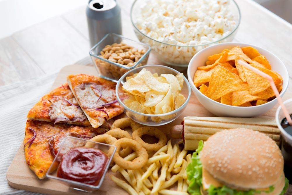 Как остаться без зубов: 10 продуктов и блюд, которые разрушают зубы.  Как фастфуд портит зубы