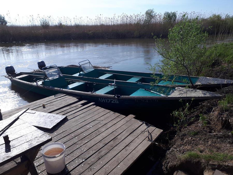 Рыболовная база вАстраханской области