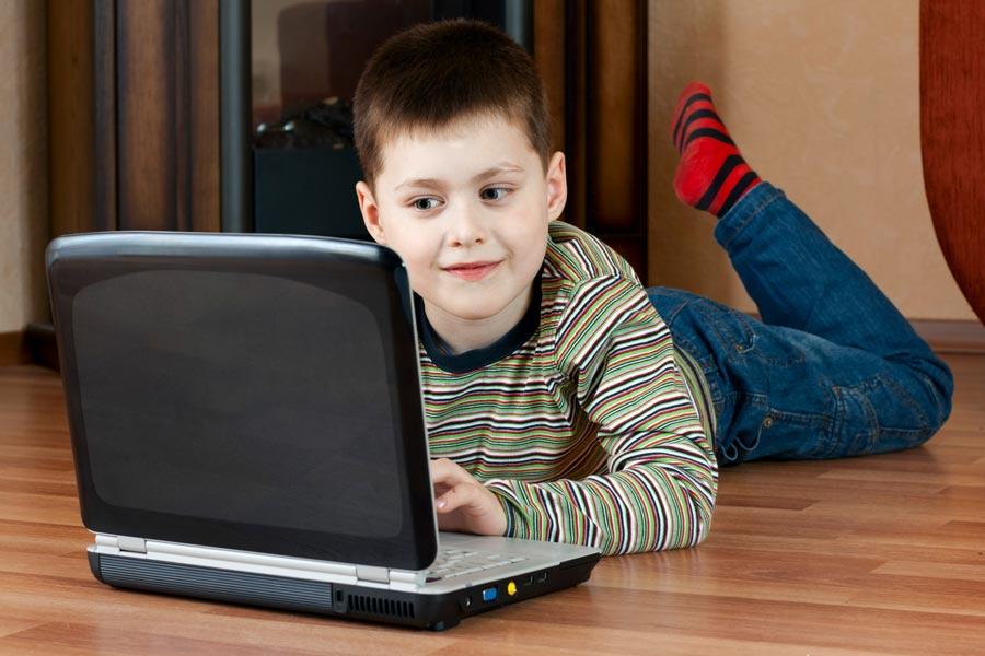 Проблема: ребенок невстает из-за компьютера