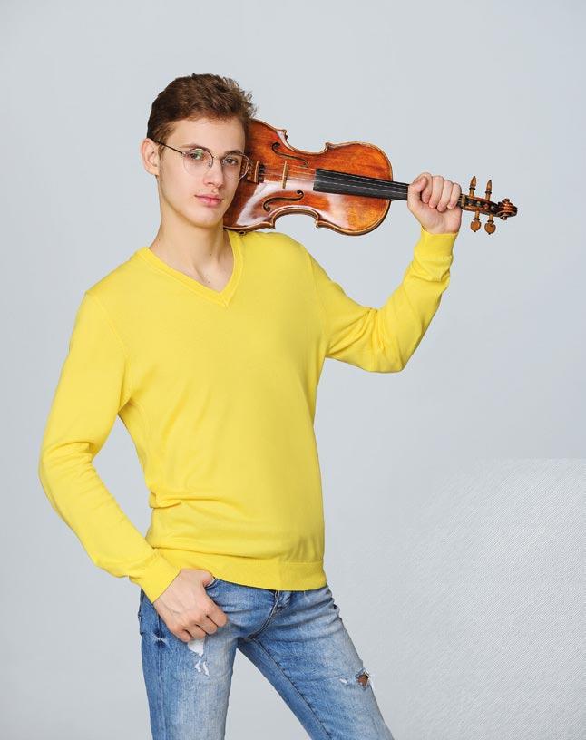 Снова держать вруках скрипку