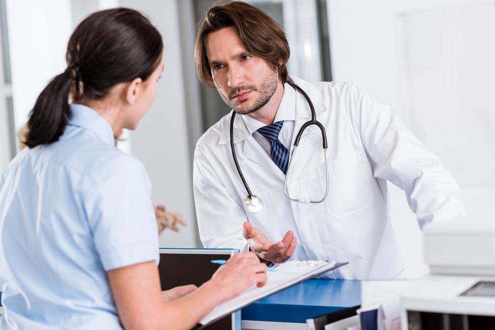 Прием терапевта вполиклинике: как извлечь максимум пользы