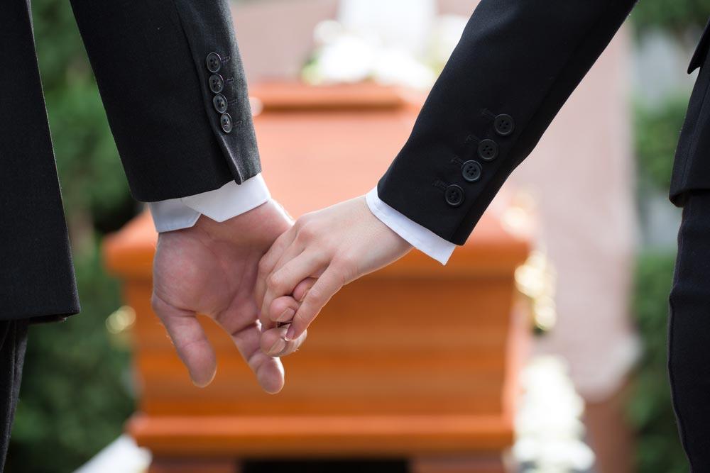 Как говорить сребенком опохоронах