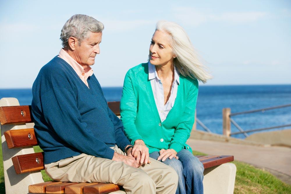 Уход забольным деменцией: что можно делегировать