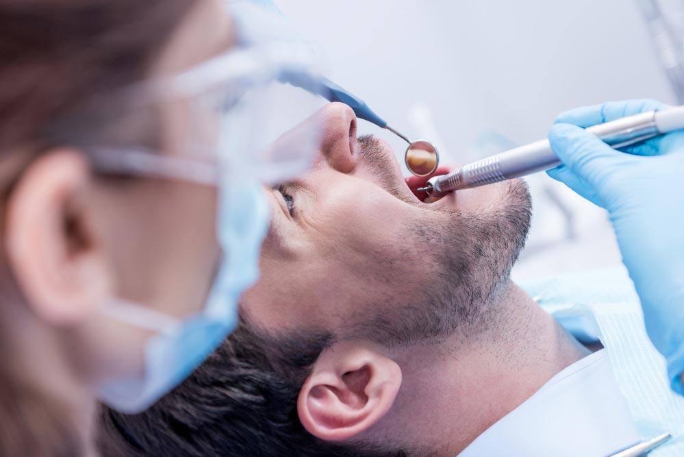 Установка зубного импланта: все, что нужно знать.  Как проходит имплантация зубов