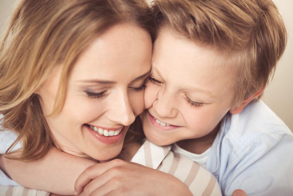 Любовь детей к матери картинки
