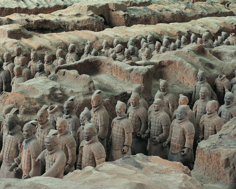 Один израскопов впогребальном комплексе первого императора