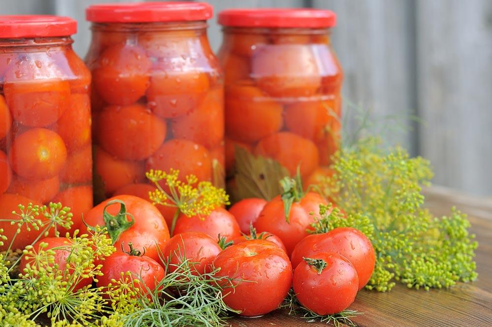 Простые заготовки на зиму из помидоров
