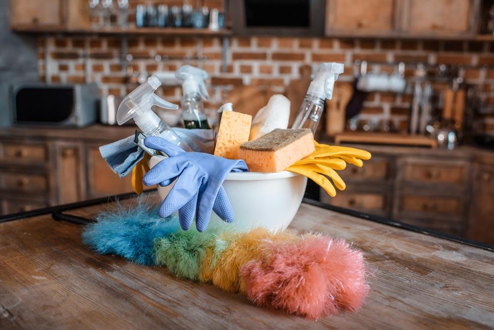 Как избавиться отбытовой химии илишних средств для уборки
