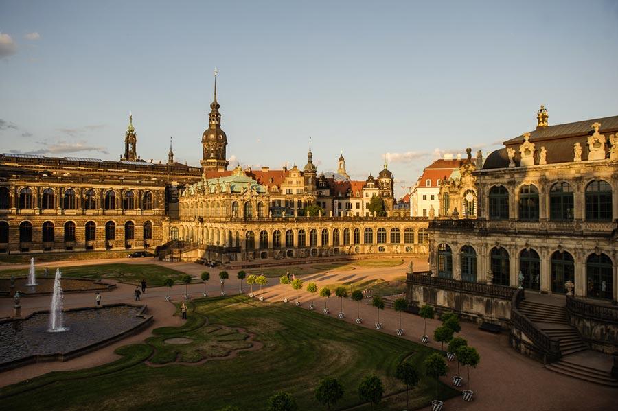 Дрезден— город, собранный покирпичику