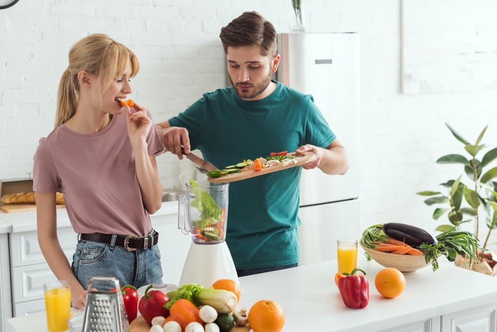 Как добавить в питание полезные жиры: список продуктов.  Польза жиров в питании