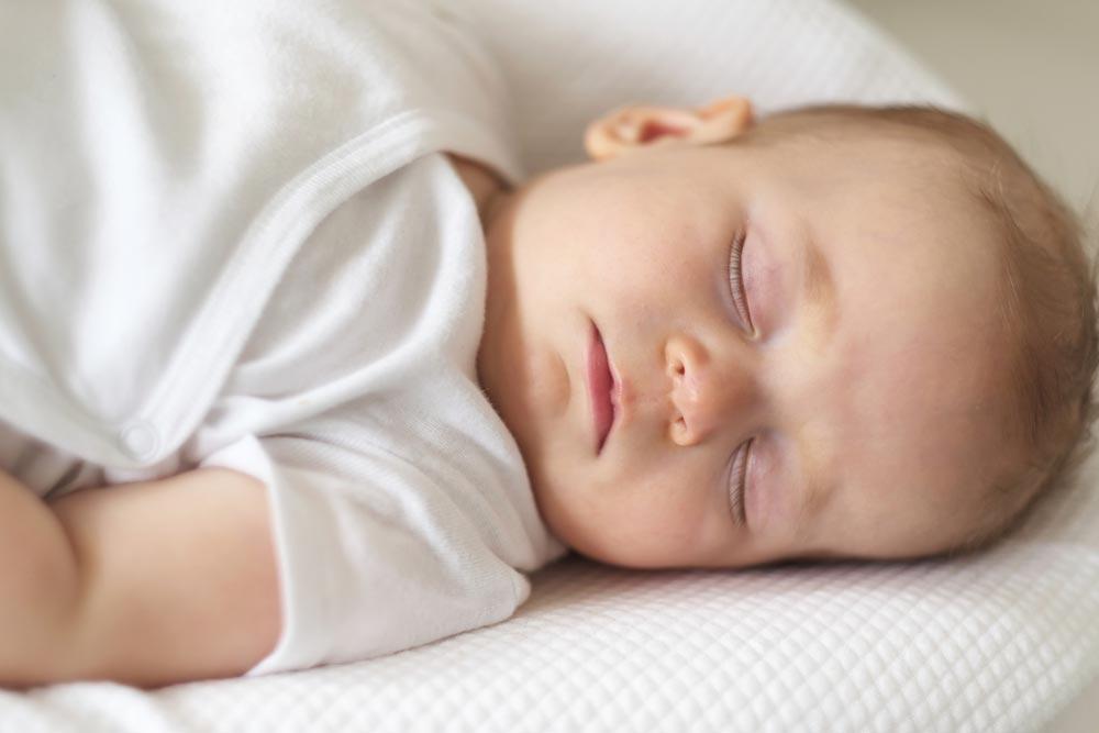 Если переходить наодин дневной сон еще рано
